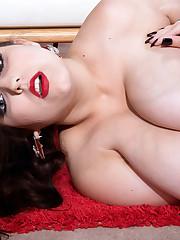 Jiggle Belle! - Allie Pearson (Photos)..