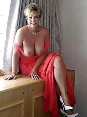 Galleries of beautiful mature women -..