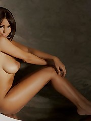 Обои holly peers, brunette, nude,..