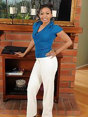 Lacey Femmes Anita Peida from Allover30