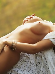 Amelia Talon is Naked, Photo album by..