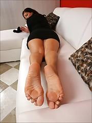 Mature Feet Feet SIM /12 - PornHugo