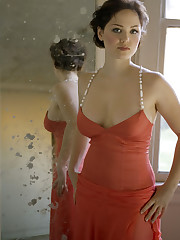 Erika Christensen - LA Confidential..