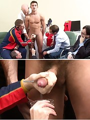 Bulge Nude Jock 体 育 会 系:..