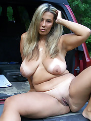 Pretty mature sexy moms posing nude -..