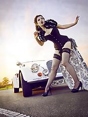 Sunday Driver - La Esmeralda -..