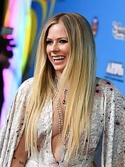 Avril Lavigne Turkey on Twitter Avril..