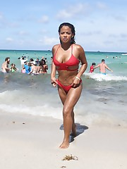 Christina Milian at spydinl