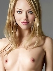 Amanda Seyfried naked celeb naked Stock..