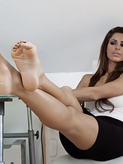 Clip by Vincenzo on *Delicious Feet