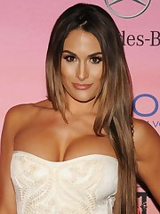 Nikki Bella-MovieHub - Watch Free..