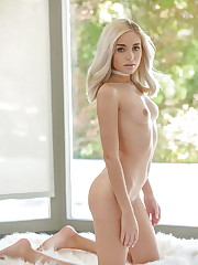 Naomi Woods - photos - xHamstercom