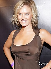 Nicky Whelan wallpapers Dolls HQ Nicky..