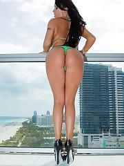 Mariah Milano Beach Patrol picture 9