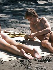 Homo Spy Beach VII upskirtporn