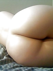 Arab Ample Ass - Mature Home  - Candid..