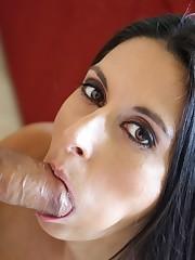 Spectacular brunette Nikki Daniels..