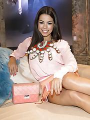 Fernanda Brandao bei Insights - SEXY..