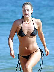 Ali Larter hot and fabulous pictures -..