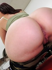 Sex HD MOBILE Pics Mrs Siren Virgo..