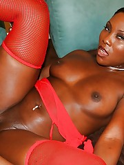 Bootylicious ebony slut gets shagged..
