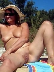 Outdoor public sex, hump on the beach,..