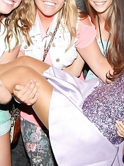 Ariana Grande's Soles wikiFeet..