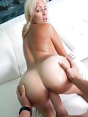 Humungous Tits Round Bums Jazmyn -..