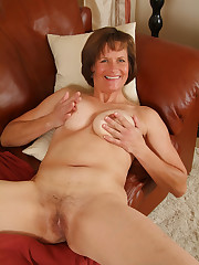 50 year old milf wooly slit - Ehotpics