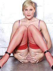 julie-bowen-2-fap ImageBan -..
