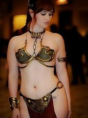 Slave Leia costume play - Imgur