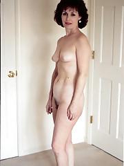 Home Porno Jpg Mature US wife posing..