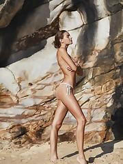 Betsy Volk Stellar Topless photos..