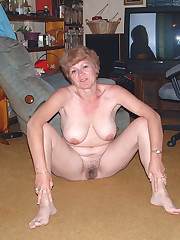Mature Brit swingers wife exchanging..
