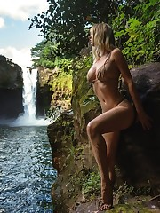 Sara Underwood Bare Sexy  GIFs..