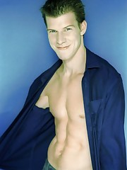 Pic of Eric Mabius