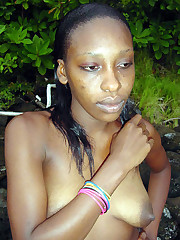 Sexy dark-hued chicks in hot bikinis..