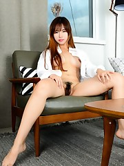 Amazing japanese stunner show her wooly..