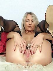 European mature lady in nylon stocking..