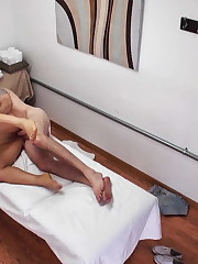Akemi Rose in Sublime Chinese Rubdown..