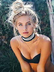 Bare Madison Louch 49 foto Culo Facebook