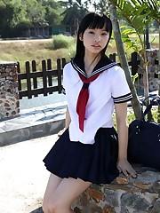 Nice japanese Seina Tsurumaki teen..