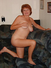 Nude housewife fumbles herself with her..