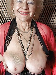 GILF and Cougar - Granny and Mature i..