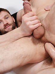 Johnny Rapid  pulverized by Dennis..