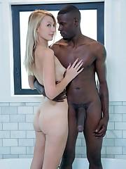 Alexa Grace - Blond Girlfriends Cheats..