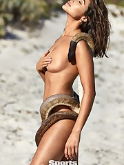 Olivia Culpo Nude & Splendid (Photos..