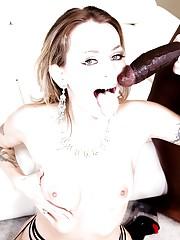 Anal lady Natasha Starr ass fucks on..