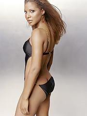 Toni Braxton nude nude голая..