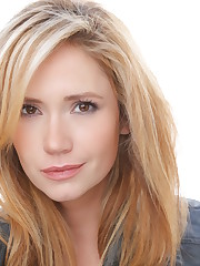 Ashley Jones LezWatch.TV